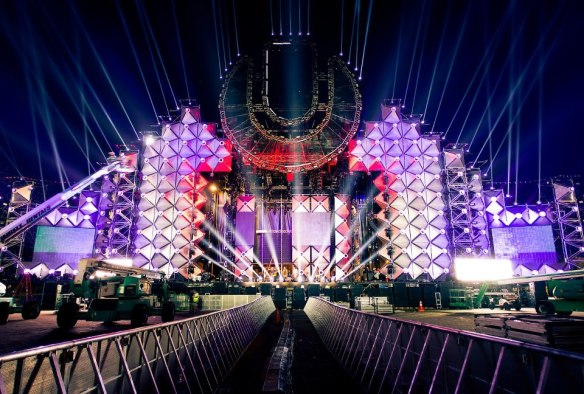 Ultra-Music-Festival-Says-It-Has-The-Most-Technologically-Advanced-Set