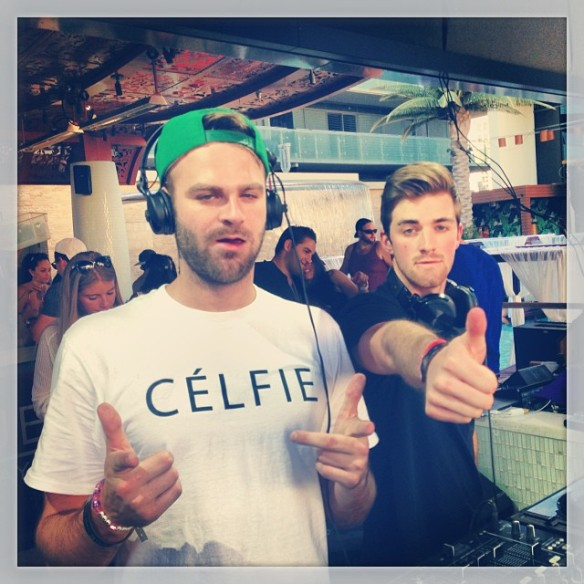 celfie-chainsmokers